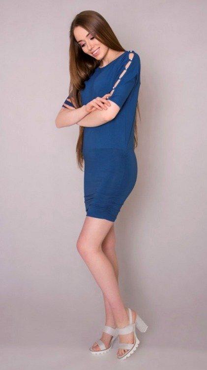 5b555db781 105 Elegancka Sukienka z perełkami MIRACLE- blue jeans jeans ...